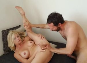 Uber-cute small mommy gets spanked,..