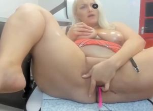 Obese blondie showcase at cam