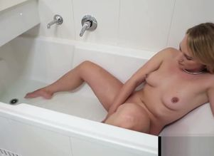 Pierced Kim Wanking In Bathtub