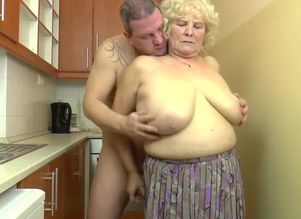 Huge-titted Hungarian Grannie Kitti..
