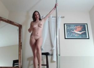 Lelu Love-WEBCAM: Poledancing..