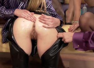 Softcore euro all girl make honey lick..