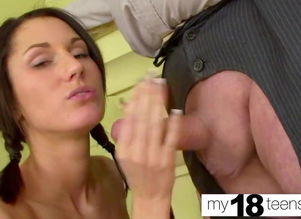 MY18TEENS -  Honey Poon Eating   and..