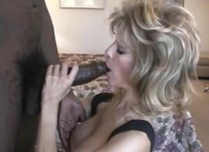 Ash-blonde Mummy deep throats the..
