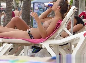 Without bra Beach nubiles Hidden cam HD